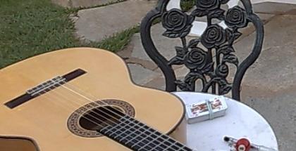 jouer-jobim-guitare