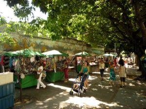 une rue de Rio sans touriste